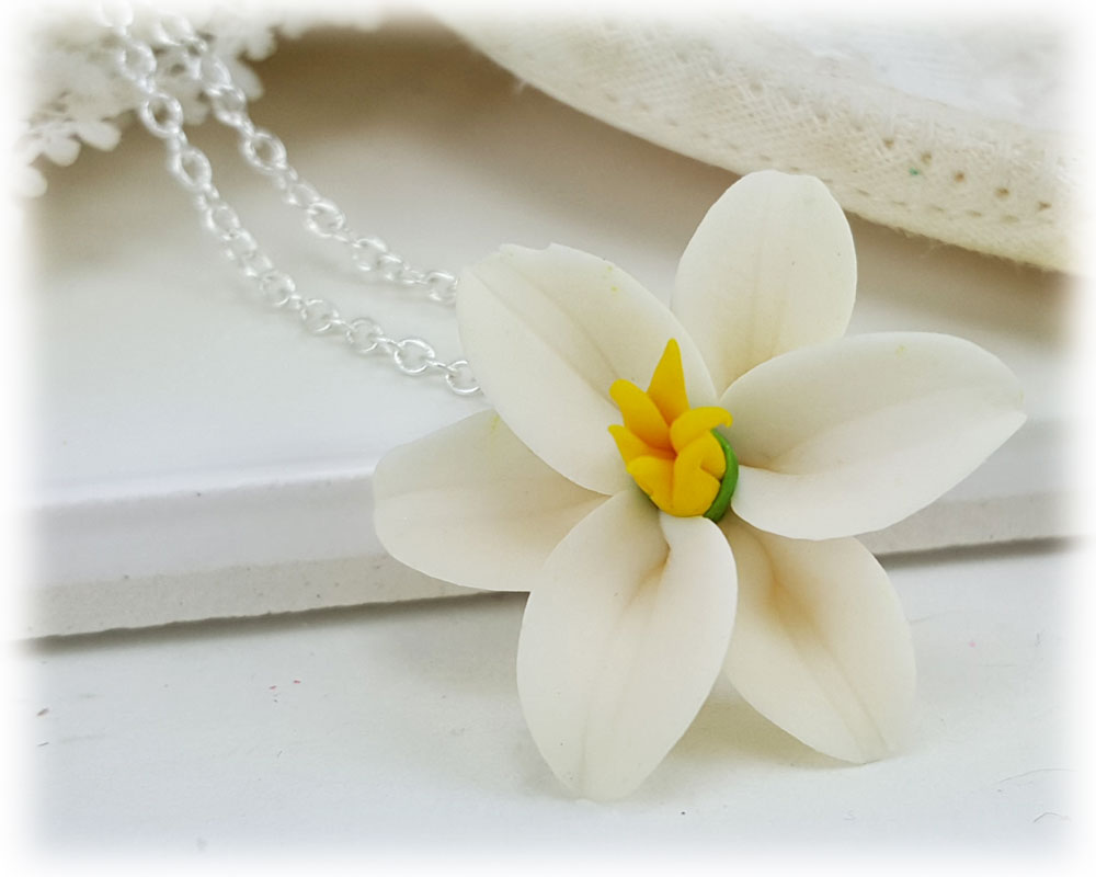 Easter lily necklace white easter lily pendant easter lily flower pendant necklace izmirmasajfo