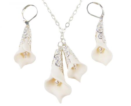 Two Calla Lilies Pearl Jewelry Set