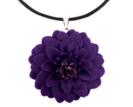 Large Chrysanthemum Choker Necklace