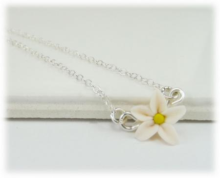 Tiny Jasmine Simple Necklace