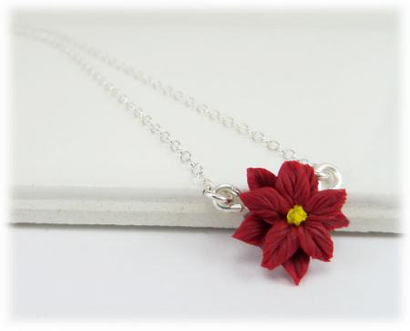 Tiny Poinsettia Simple Necklace