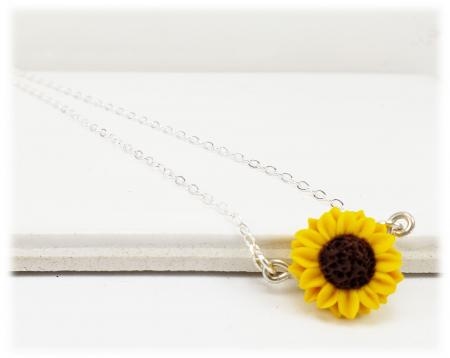 Tiny Sunflower Simple Necklace