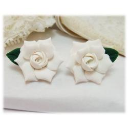 Gardenia Leaf Stud Earrings