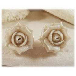 Off White Pearl Rose Stud Earrings