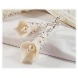 White Trumpet Flower Earrings