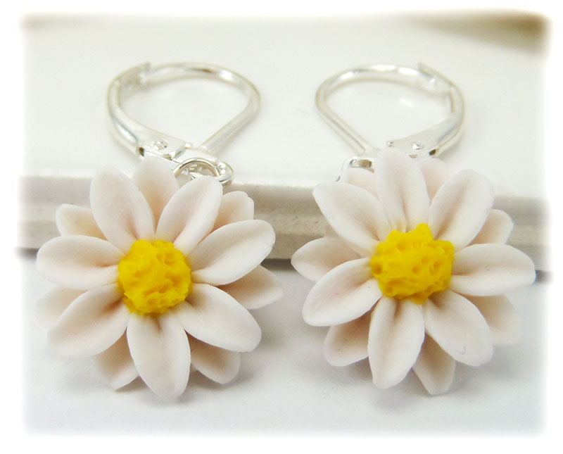 laser earrings acrylic daisy cut white pin and yellow