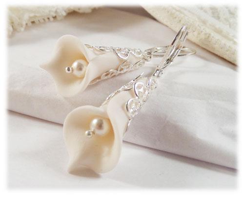 Orange Trumpet Flower Earrings