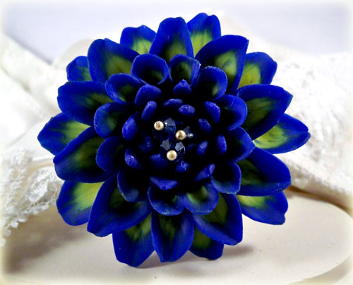 blue dahlia brooch pin