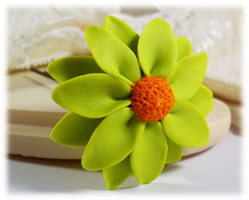 Green Daisy Hair Pins