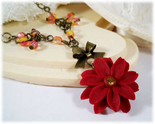 Flower Necklace : Flower Pendant : Vintage Inspired : Heart Necklace Pendant