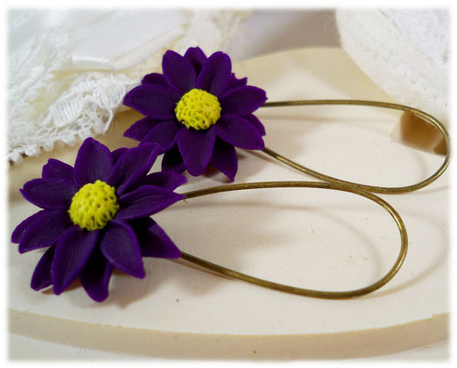 Purple Daisy Drop Earrings